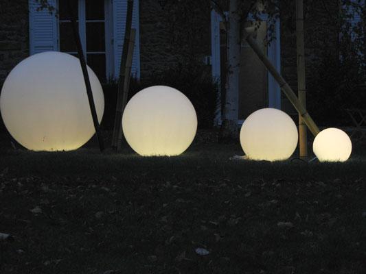 boule d clairage exterieur latest eclairage jardin exterieur eclairage jardin exterieur boule. Black Bedroom Furniture Sets. Home Design Ideas