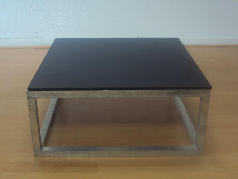 Table basse noire